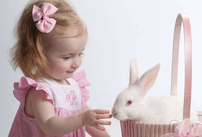 Photographers Choice: Easter Baby Pictures with bunny